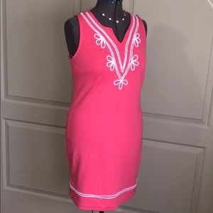 New without  tag Crown and Ivy dress size small